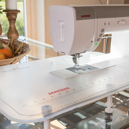 Janome Memory Craft Horizon 9400QCP