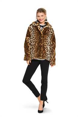 6359. Burda Dam - WOMEN'S FUR COAT
